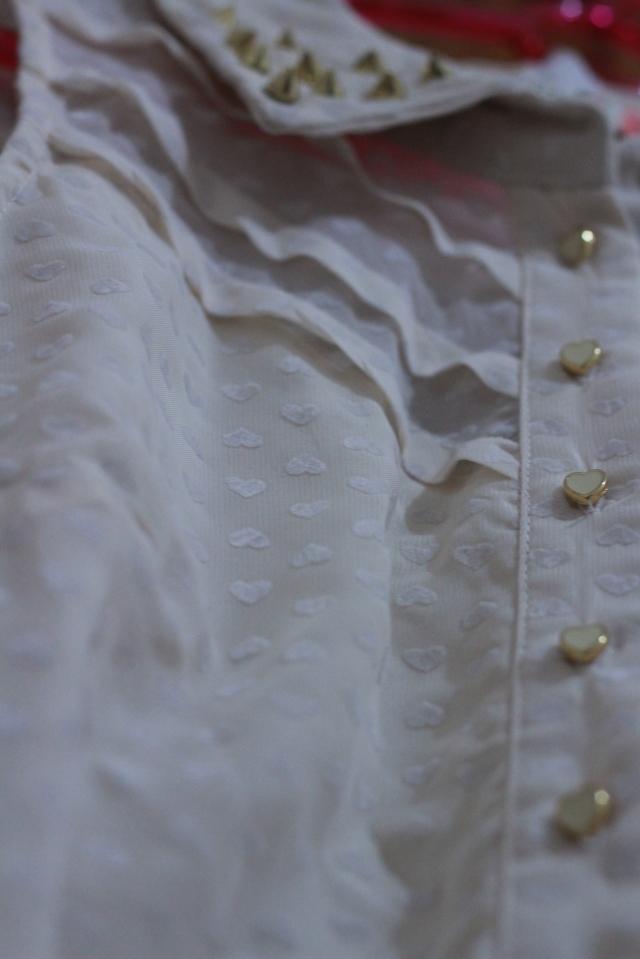 """5. Última coisa comprada - um vestido lindo com """"estampa"""" de coração e taxas. ♥"""